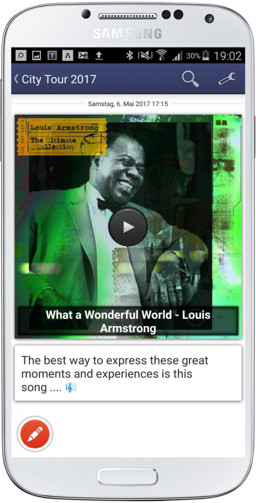 Listening to iTunes Music. Louis Armstrong.